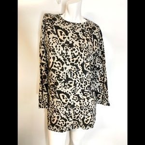 Topshop cozy knit animal print stretchy #82B